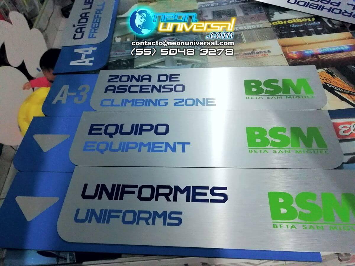 Señalización y letreros Neón Universal 2